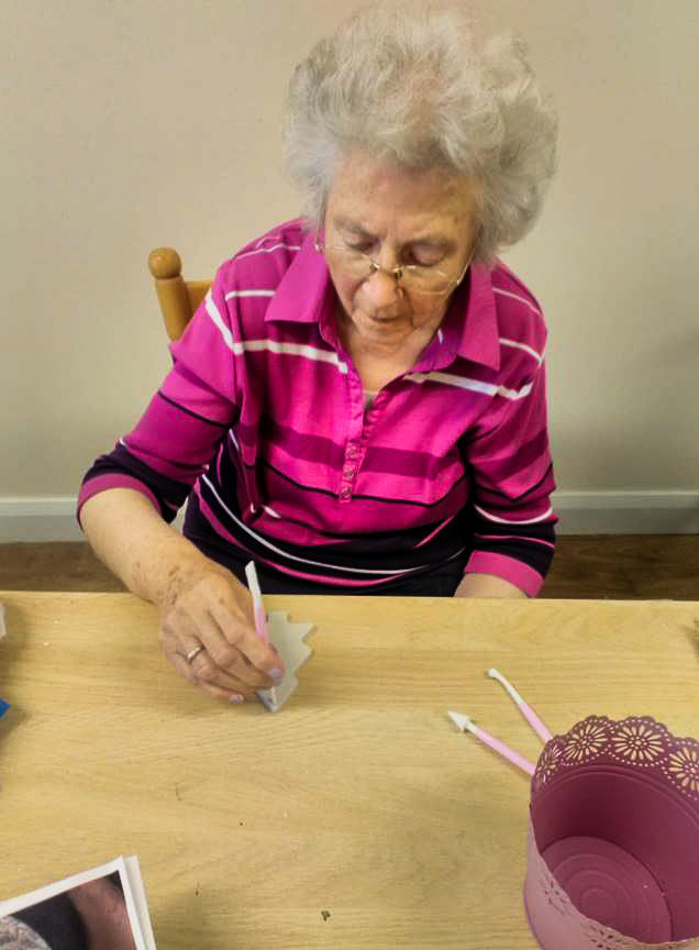 Residents at Weavers House in Cookstown, County Tyrone, got stuck in making some beautiful Christmas decorations for the home