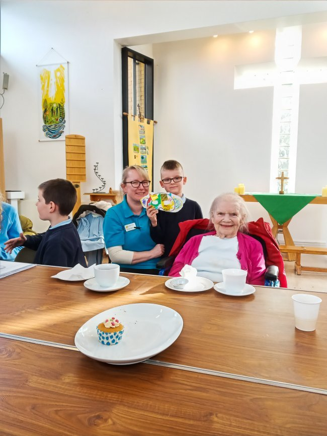 Tallis House residents welcome Hillhouse School children for a session of 'Bridge the Gap'.