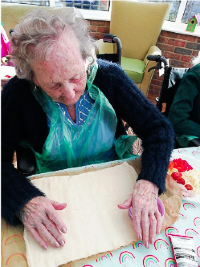 Kathryn Court residents work together to make delicious, rewarding meal for the home!