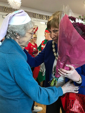 Dunmurry Manor Lord Mayor and Lady Mayoress Open Christmas Grotto