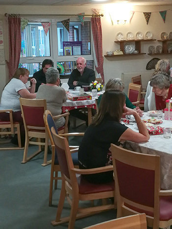 Volunteers hold community fundraiser at Victoria House Day Centre