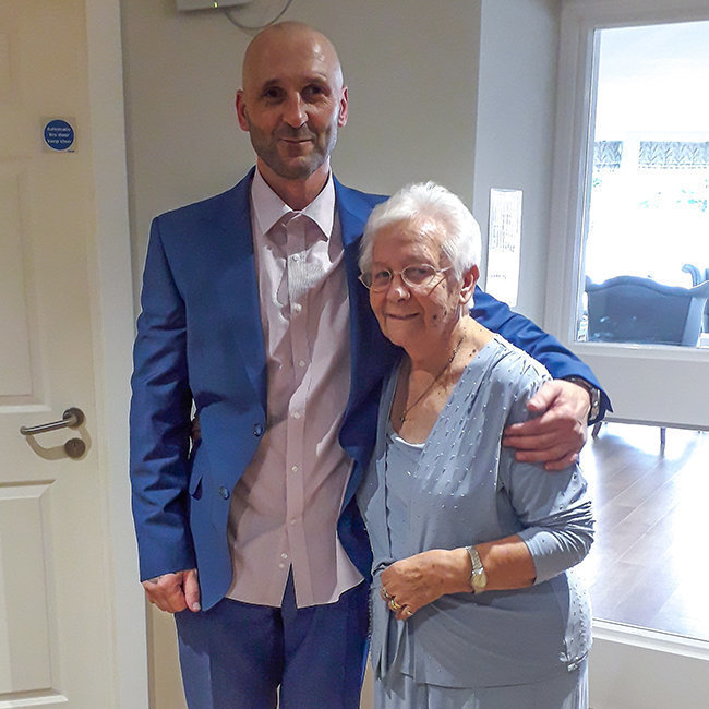Mavis Cooke delighted to attend wedding with help from Chelmunds Court